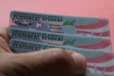 Qu'est-ce que la green card, la carte de résident  permanent  américain ?